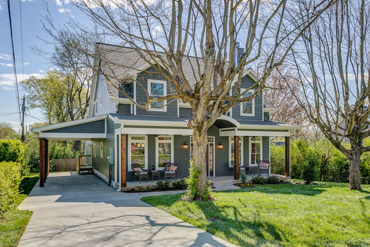 Craftsman Inspired Build in downtown Franklin