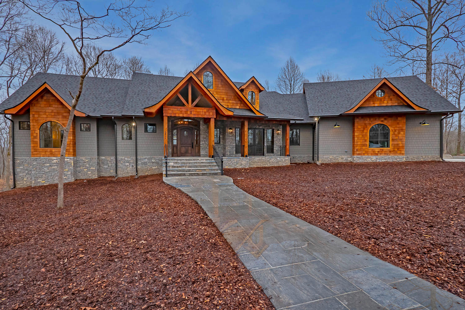 Custom Home In Leipers Fork(10)